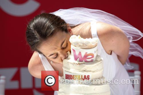 Bridezillas Cake Eating Competition 4