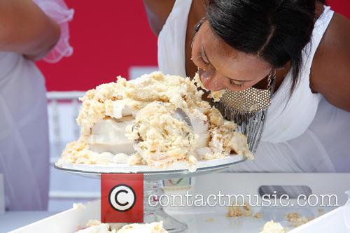 bridezillas cake eating competition 3694910
