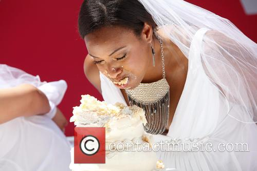 bridezillas cake eating competition 3694914