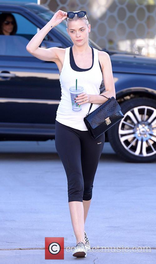jaime king jaime king leaves pilates class 3695689
