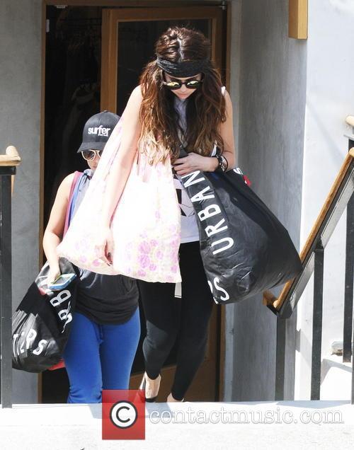 Selena Gomez, Sherman Oaks