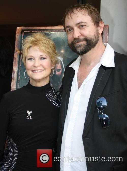 Dee Wallace and Roze 2