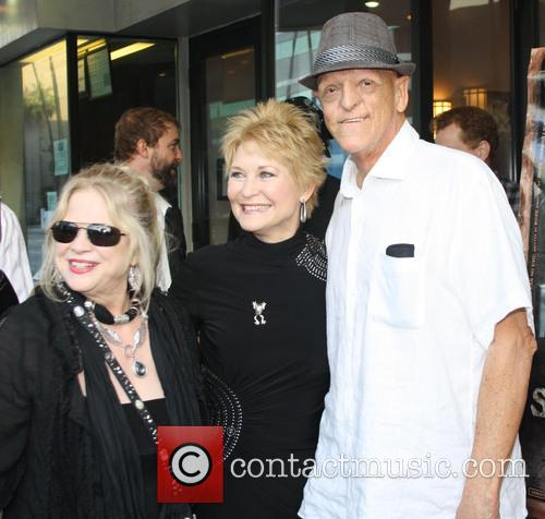 Suze Lanier-Bramlett, Dee Wallace and Michael Barryman 3