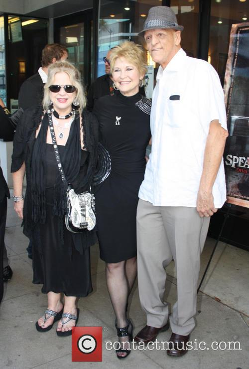 Suze Lanier-Bramlett, Dee Wallace and Michael Barryman 1