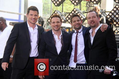 Nick Lachey, Jeff Timmons, Drew Lachey, Justin Jeffre and 98 Degrees 1