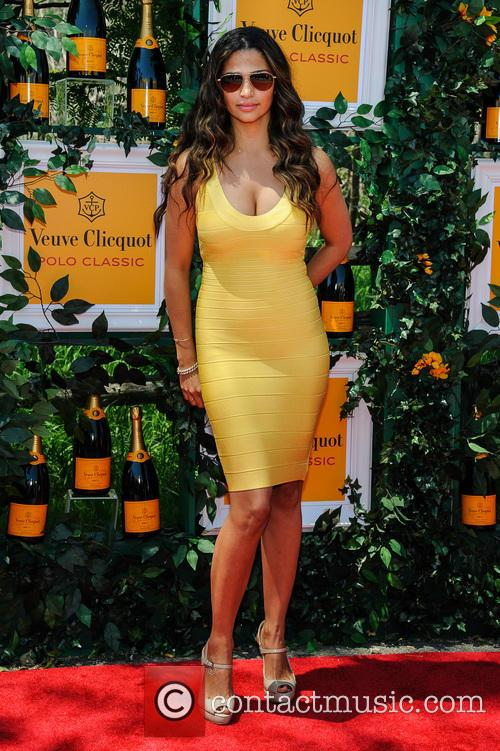 Camilla Alves 1