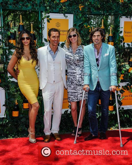 Matthew Mcconaughey, Camilla Alves and Nacho Figueras 9