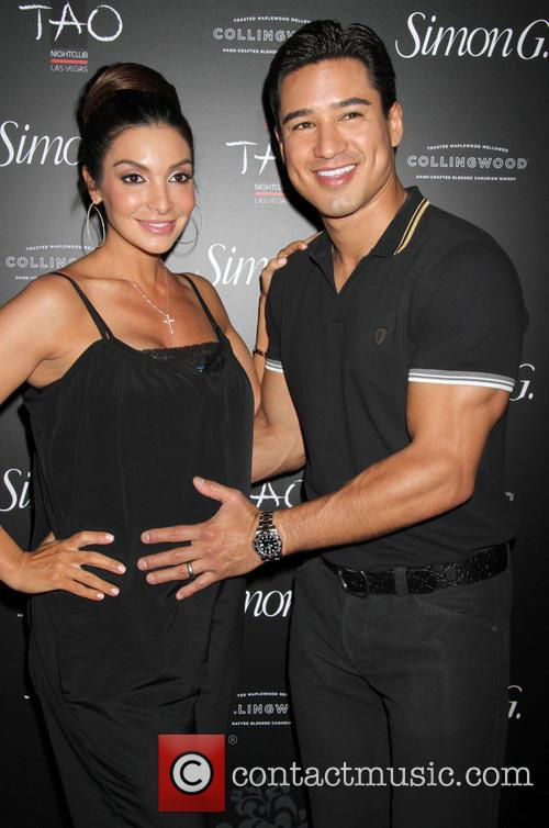 Mario Lopez and Courtney Lopez 7