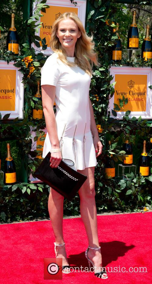 anne v anne vyalitsyna the sixth annual veuve 3700194