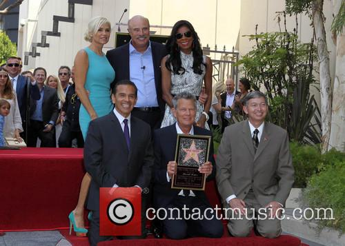 Yolanda Hadid, Phil Mcgraw, Mayor Antonio Villaraigosa, Natalie Cole and David Foster 11