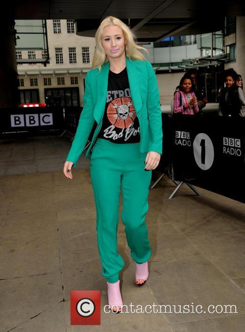 Iggy Azalea leaves Radio 1