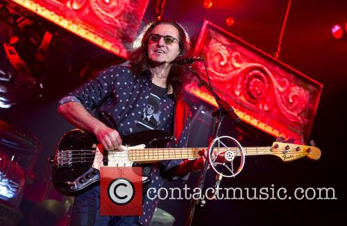Geddy Lee and Rush 16