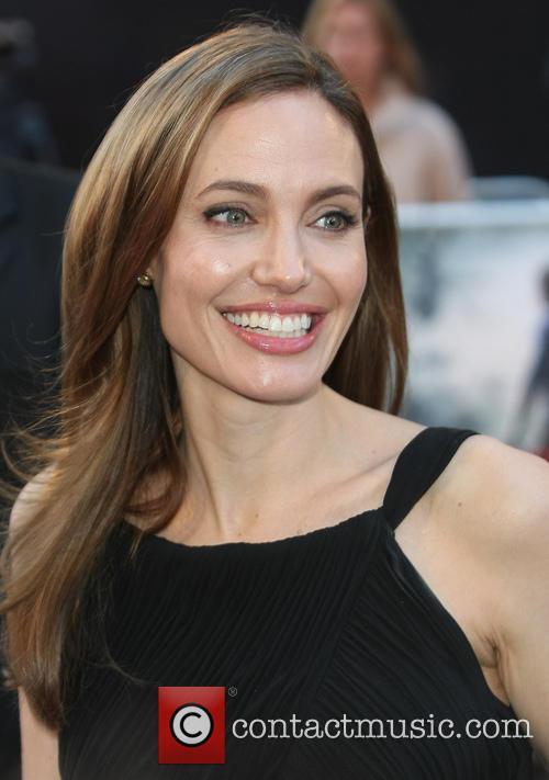 Angelina Jolie 39