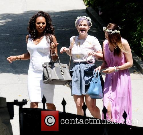 Melanie Brown and Kelly Osbourne 3