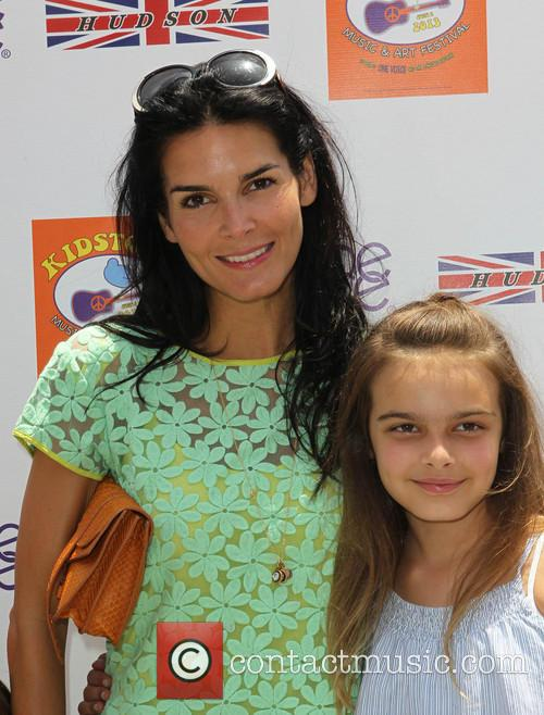 Angie Harmon and Daughter 9