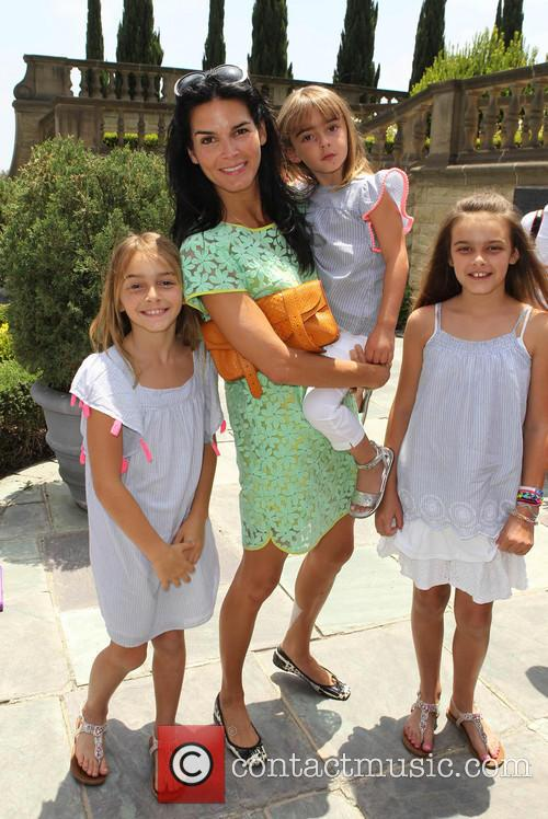 Angie Harmon and Daughters 5