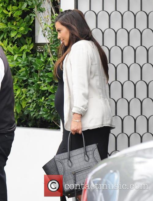 kim kardashian kourtney kardashian and daughter leaving 3701276