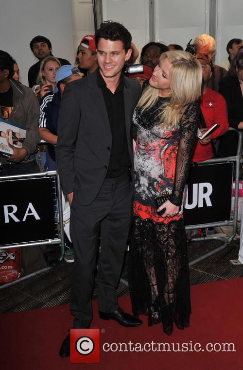 Jeremy Irvine and Ellie Goulding 8