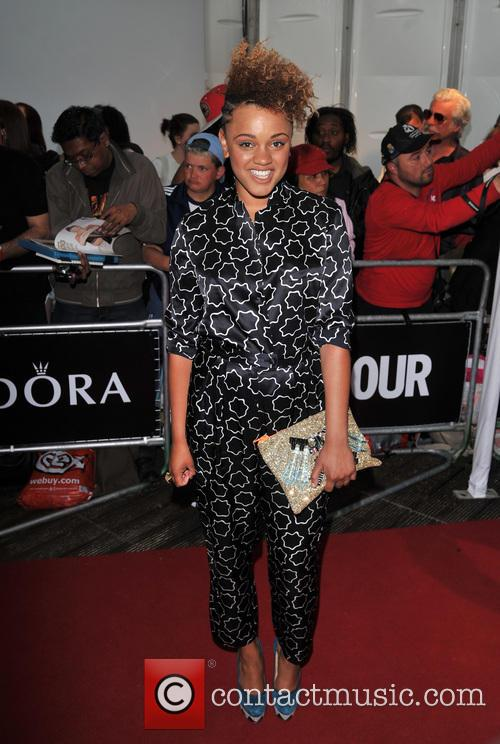 gemma cairney glamour women of the year 3703097
