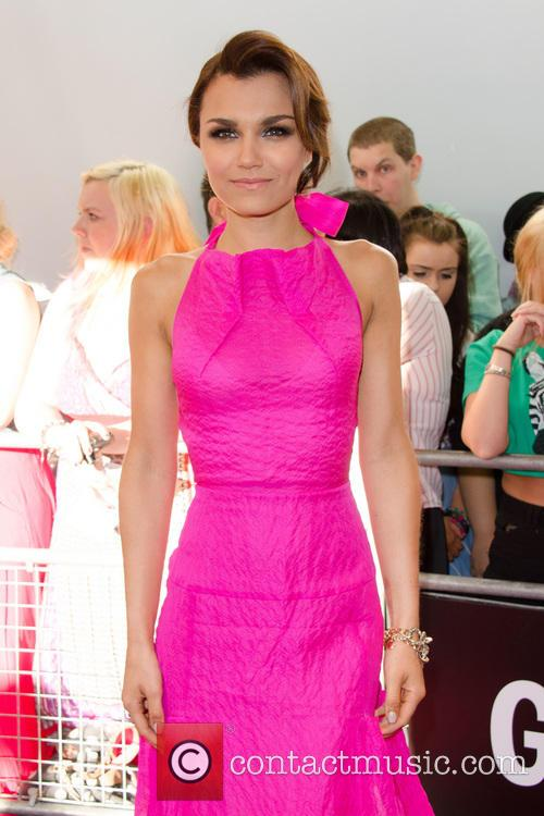 samantha barks glamour women of the year 3703985