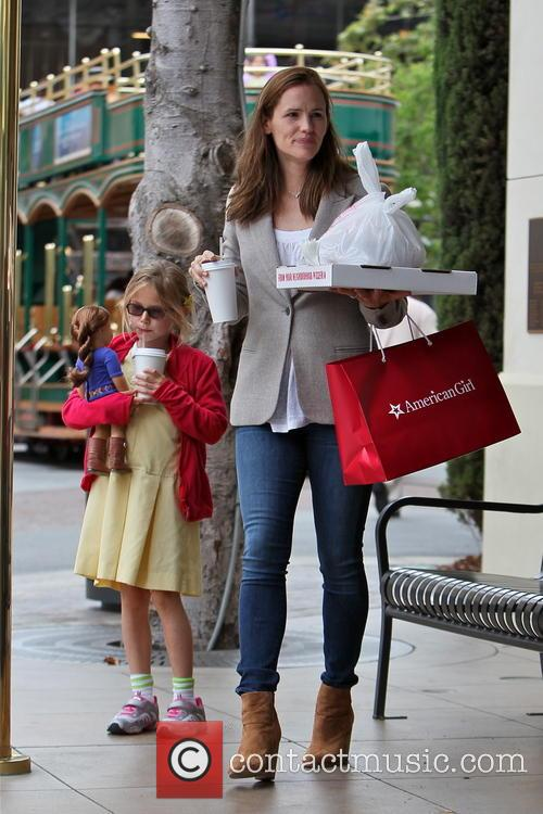 Jennifer Garner and Violet Affleck 20