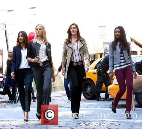 Karolina Kurkova, Hilary Rhoda and Models 11