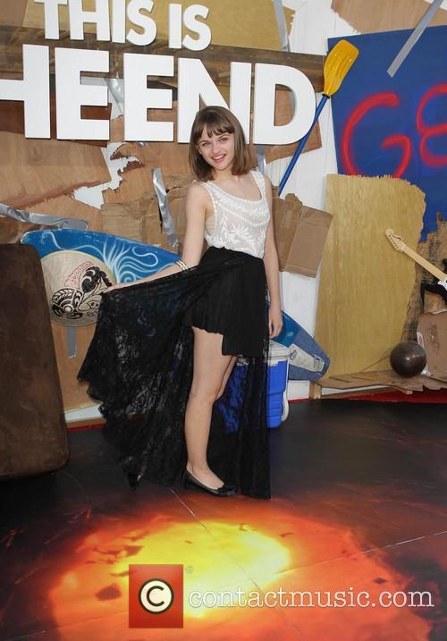 joey king premiere of this is the 3701559