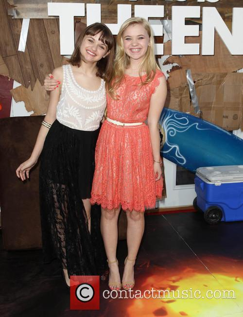 Joey King and Sierra Nicole Mccormick 11