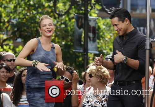 Leann Rimes, Mario Lopez, The Grove