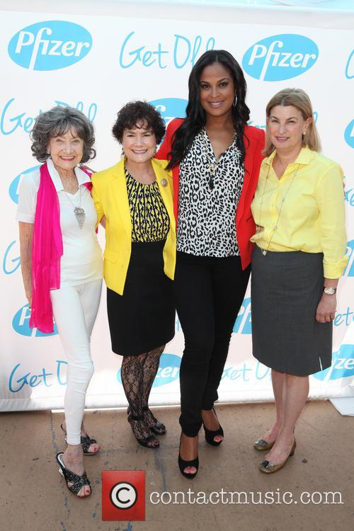 Tao Porchon-lynch, Donna Butts, Laila Ali and Sally Susman 5