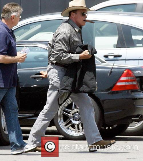 Arnold Schwarzenegger is back to acting on the set of his new film 'Sabotage' shooting on location in Beverly Hills