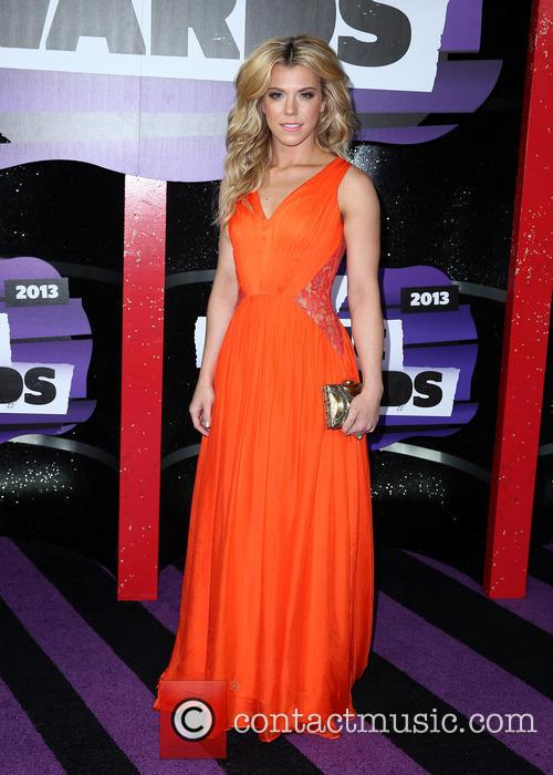 Kimberly Perry 4