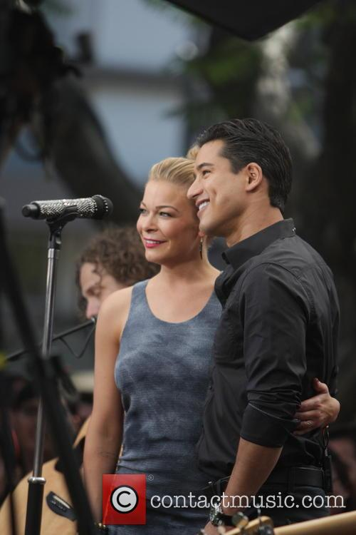 Leann Rimes and Mario Lopez 2
