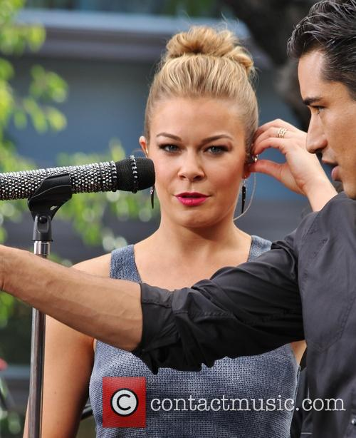 leann rimes mario lopez leann rimes at the 3706173