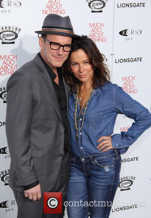 Clark Gregg and Jennifer Grey 1
