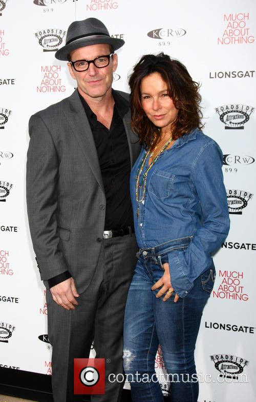 Clark Gregg and Jennifer Grey 5