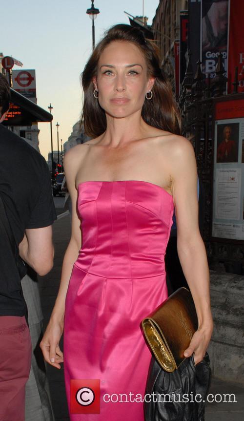Claire Forlani 2