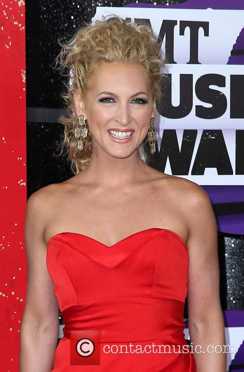 kimberly schlapman 2013 cmt music awards at 3705914