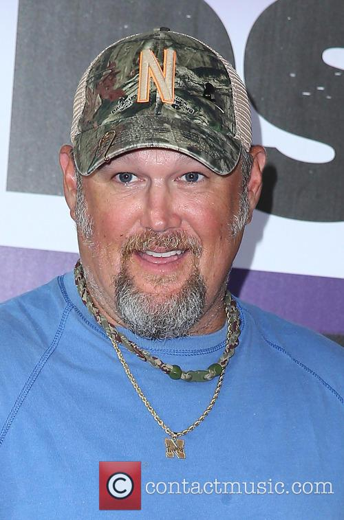Larry The Cable Guy 8
