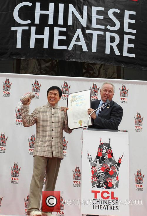 Jackie Chan and Councilman Tom Labonge 4