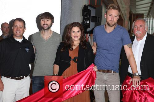 Lady Antebellum, Hillary Scott, Charles Kelley and Dave Haywood 3