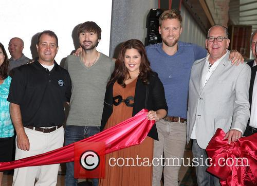 Lady Antebellum, Hillary Scott, Charles Kelley and Dave Haywood 12
