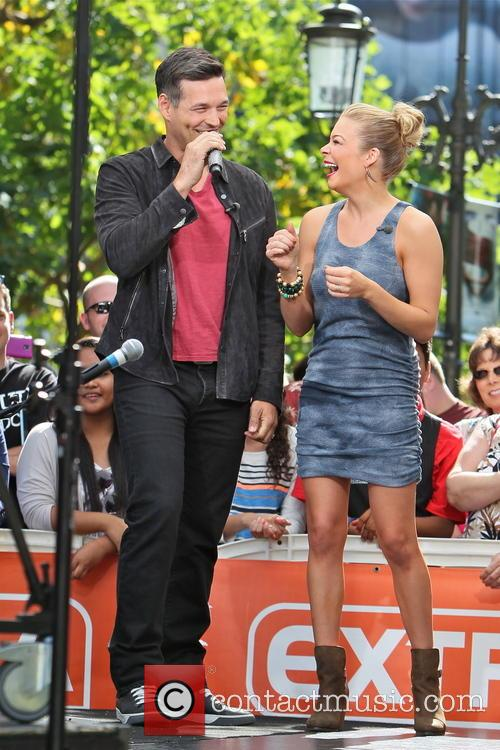 LeAnn Rimes and Eddie Cimbrian 15