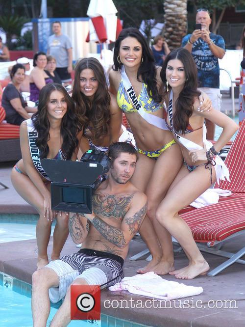 Miss Rhode Island USA Brittany Stenovitch, Miss Ohio USA Kristin Smith and Miss Delaware Rachel Baiocco 3