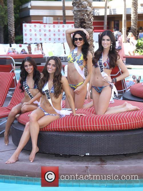 Miss Rhode Island Usa Brittany Stenovitch, Miss Ohio Usa Kristin Smith and Miss Delaware Rachel Baiocco 5