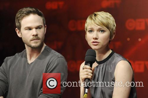 Shawn Ashmore and Valorie Curry 5