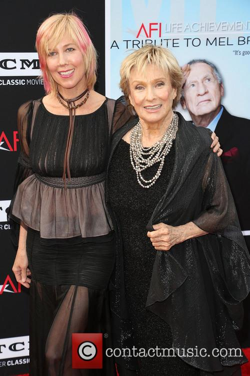 Dinah Englund and Cloris Leachman 1
