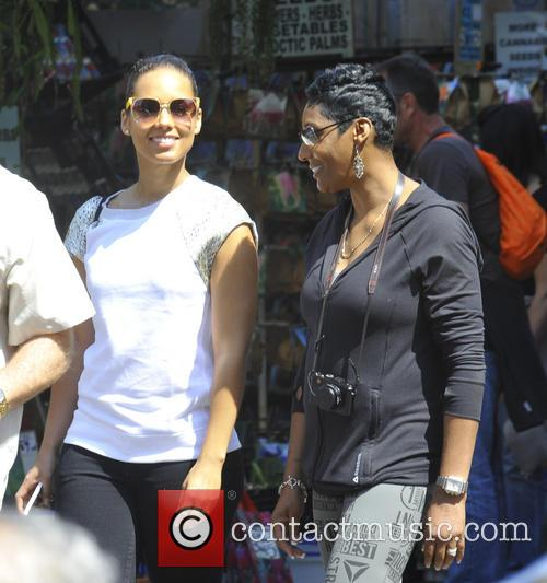 Alicia Keys and Parents 10