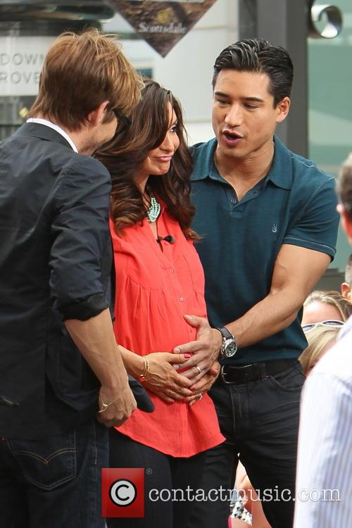 Ken Paves, Courtney Mazza and Mario Lopez 11