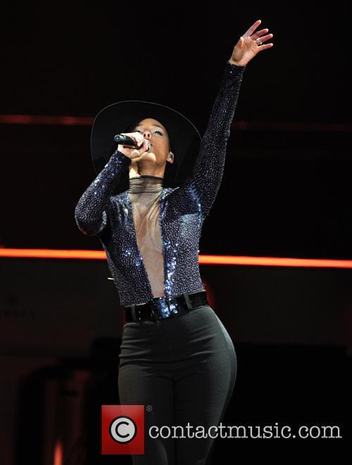 Alicia Keys 16